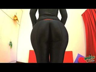 melhor ass 2015! trabalhando em bodysuit preto. aproveite fiona!