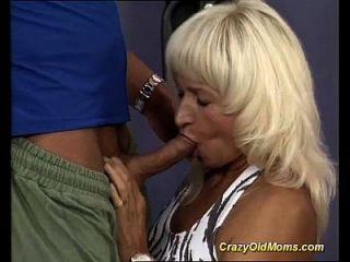 músculo mãe sexo na academia