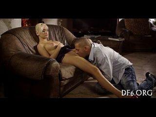 Vídeos pornográficos pela primeira vez