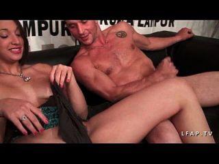 essa beurette se fait deboiter le cul pour son casting porno