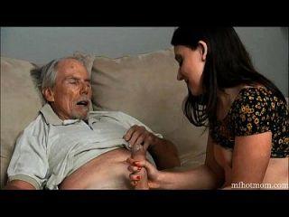 segredos do tabu # 8 (papai quase me pegou e não meu tio)|mfhotmom.com