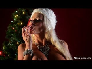 nikita von james christmas solo