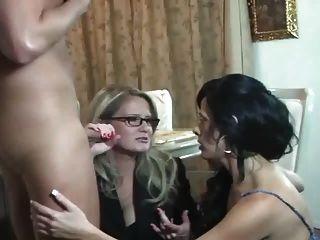 Hot mommy friend filho de três