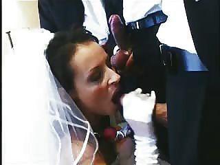 Uh oh!A noiva fode e suga a maneira através do partido nupcial inteiro na noite do casamento!por favor comente!