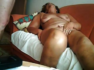 Grande orgasmo de uma avó de 64 anos
