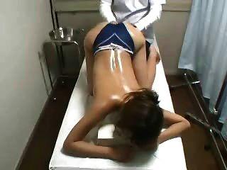 Escondido cam espião jovem japanese massagem paciente fingered