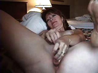Mulher madura cócegas masturbando