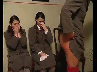 Espancamento após os resultados do exame