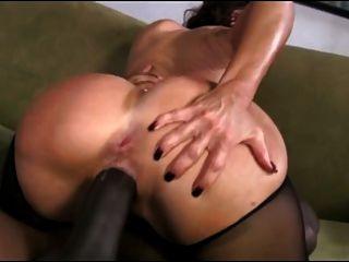 Sexy milf gosta de um grande galo preto !!!!!!!