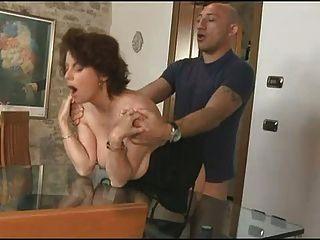 Segredo maduro ir louco para italiano grande galo anal s88