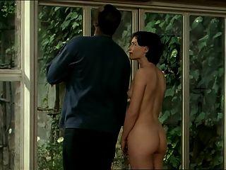 Morena mulher branca com amante preto erótico interracial