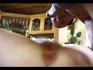 Prematura peludo maduro agradável foda cumming ereto