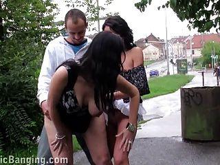 Arriscado público sexo grávida duas garotas trio.impressionante!