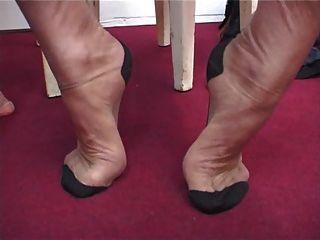 Amadurece meias de nylon fetiche divertido