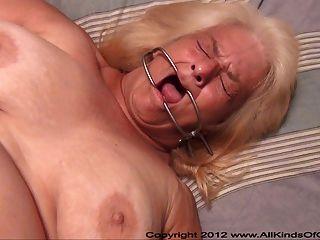 Pov anal 60 anos de idade granny wanda fica amarrado e butt fodido