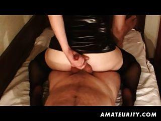 Amador namorada homemade handjob e anal com corrida