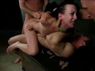 Brutal bdsm dupla penetração gangbang!Vol.5 por: ftw88