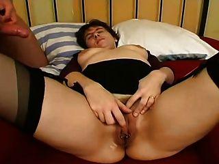 Milf perfurado em meias fodendo anal anal e facial