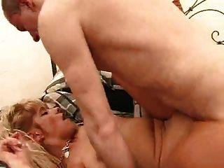 Britânico maduras bbws amor jovem grande dick