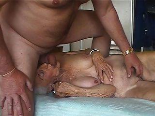 Amante 3 da avó do pervertido