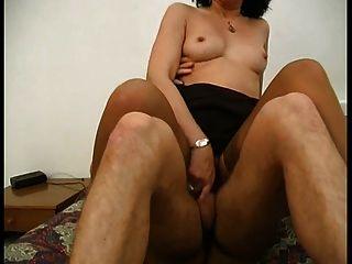 Italiano milf stoking sujo falando troy cabeludo anal culo