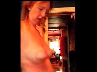 Mamilos inacreditáveis no peito flácido