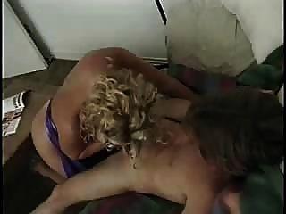 Linda loura madura obter uma foda quente anal obter merda fora de seu troia leva galo duro na bunda todos
