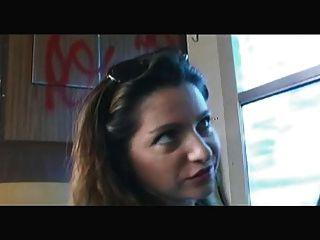 Francês: sabrina ricci baise dans le train
