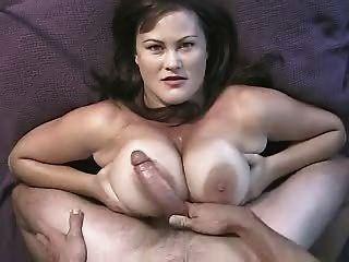 Enorme titty foda e maciça facial