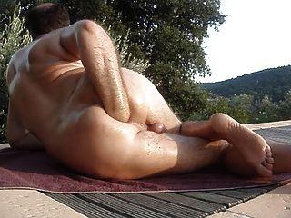 Fisting anal ao ar livre este verão