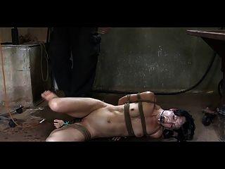Bdsm slave elise sepulturas pervert enema castigo e ao ar livre
