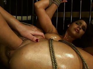 Sexo escravo zafira p2