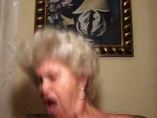 grandma loira