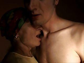 Sliim madura senhora e menino sexo anal