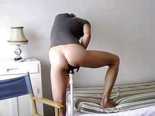 Bela loira inserção de cama