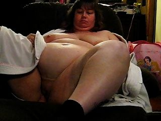Wanda mostrando seus seios enormes e boceta