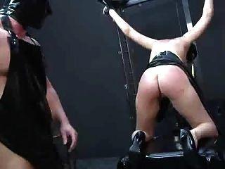 Escravidão ...... dor fisting humilhação