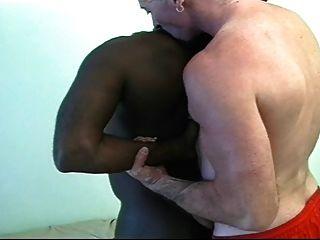 Paizinho branco no preto paizinho