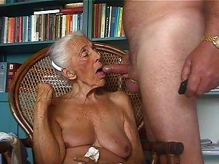 Amante 2 da avó do pervertido