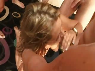 Naughty milf swallows 10 corridas gangbang