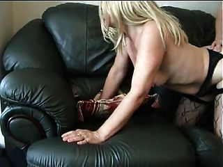 Marido filma sua esposa fodendo o vizinho!