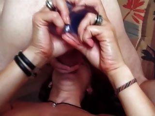 Vibrador e cinta na foda