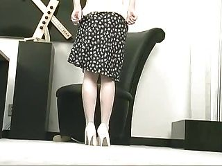 Tira de menina minúscula e masturbação
