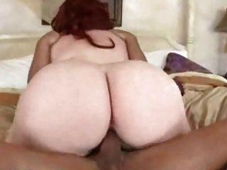 Sweet redhead bbw recebe sua carnuda buceta pounded 2