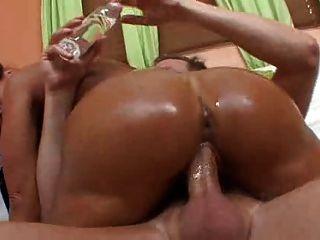 F60 big boobs óleo massagem foda