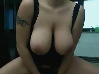 F60 boobs infláveis cauda