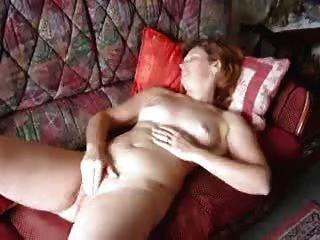 Angie (40) masturbando e cumming 3 vezes