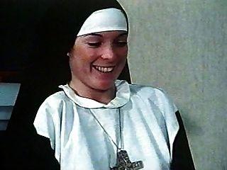 Nympho, freiras, (clássico), 1970s,