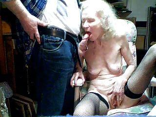 Velha avó 70 anos chupar por neto
