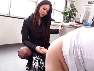 Senhora cruel strapon sexo spanking femdom